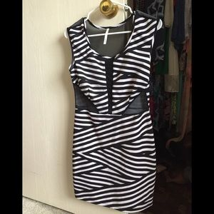 Dresses & Skirts - Cocktail dress size large L